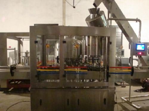 简单介绍玻璃瓶装箱机的工作原理